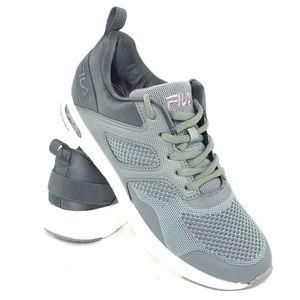 FILA Women's Size 8.5 Memory Frame V6 Sneakers